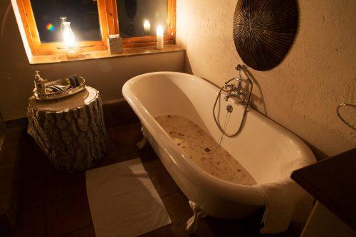 tenahead-bathtub